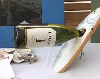 Balancing fish wine bottle holder