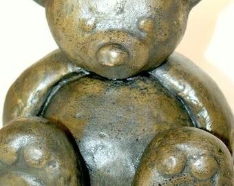 sculpture animal bear concrete