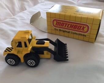 Matchbox # 29, Shovel Nose Tractor