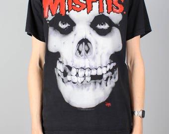 Misfits T-shirt - vintage punk rock tshirt - Crimson skull t-shirt - Glenn Danzig / Samhain -  Heavy metal rock shirt - festival - Size M