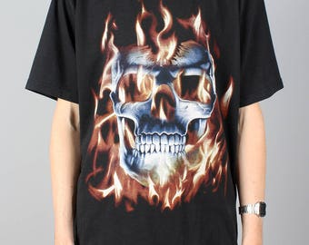 Flaming Skull T-shirt - vintage punk rock tshirt -skull shirt - heavy metal rock shirt - festival - Size M / L