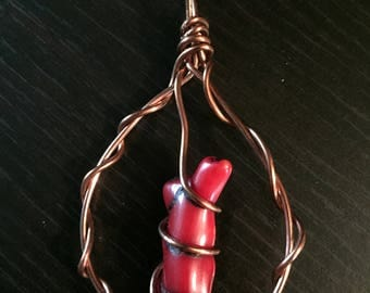 Red Coral Twist Copper Pendant