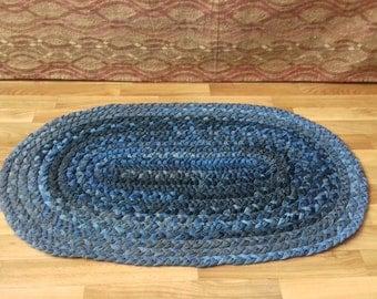 Denim rug Recycled denim Pet rug Jeans mat Braided carpet from cotton Handmade Rug Machine washable rug Mat for dog