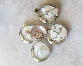 Silver and White Flower Decorated, Magnets, Necklace Pendant, Cabochon