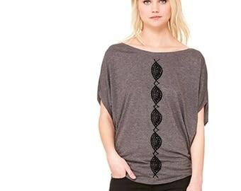 Pod pattern tee, women's tee, modern print, black and gray, pretty top, casual top, dolman, flowy tee