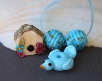 Elizabeth Creations LITTLE BIRDIE  artisan lampwork matching beads Sra