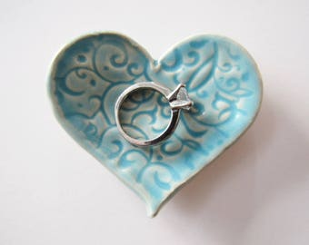 Heart Shaped Ring Dish, Ready to ship, Pastel hue, Choose between green or blue