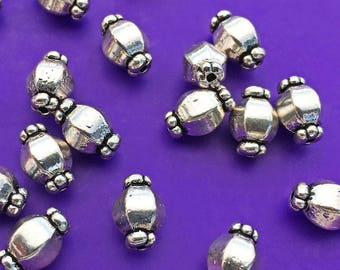 12 Fluted Hexagon Barrel Beads, Antique Silver Tone, About 10mm x 6mm, with a 1mm hole - TS503R