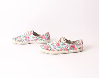 size 6 FLORAL canvas 80s 90s KEDS style lace up sneakers