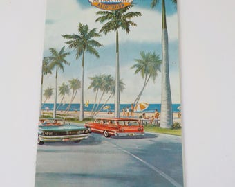 Vintage 1960s lorida Attractions • Vintage Guide to Florida Attractions • Vintage Travel Brochure