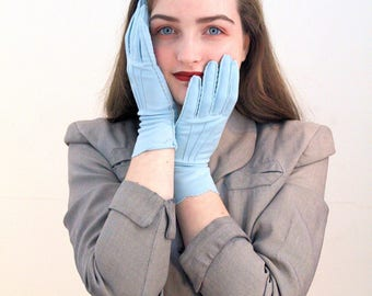 50s Kayser Gloves M, Baby Blue Gloves, Formal Gloves, NOS Vintage Gloves, Light Blue Ladies Gloves, Blue Fashion Gloves, size 7 Medium