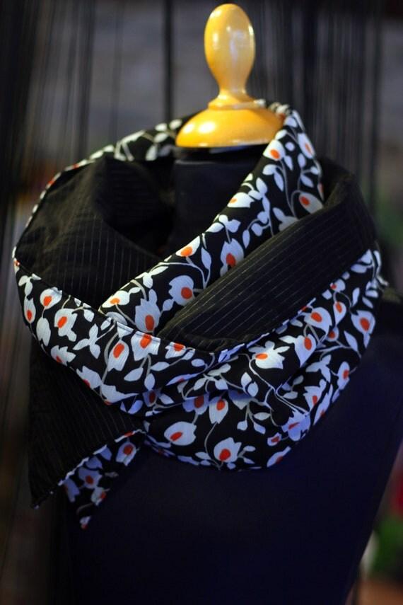 Cowl/scarf blanket flowers white-black-Orange and black striped silver Interior