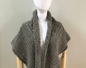 Wool Triangle Wrap : American wool | scarf | handmade | natural fibers | cocoa brown taupe | Christmas gift