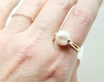 FW Pearl Bullet 14kt Gold Fill Sculpted wire Cocktail Ring Size 8.25