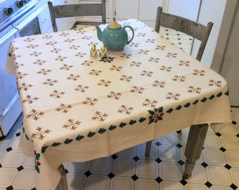 Vintage Tablecloth Fab Fall Geometric Acorns MWT