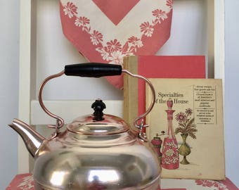 1960s Rose Gold Teakettle, Teapot with black handle, Midcentury Teapot made in Hong Kong