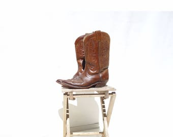 Brown Cowboy Boots Womens Size 9.5 Womens 10 Made in Canada Brown Western Boots Cowgirl Boots Walking Heel Boots 70s Cowboy Boots 8 men / 10