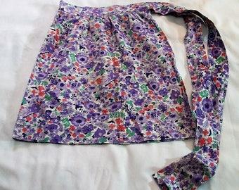 Vintage Apron, Purple Apron, Half Apron, Flowered Apron, purple flowered apron, vintage Aprons