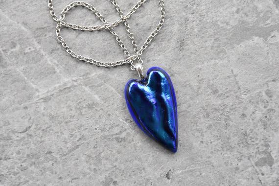 Deep Blue Velvet Heart Di...