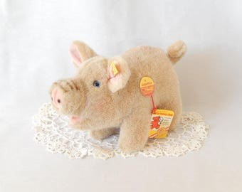 Steiff pig figurine, Jolanthe, 3810/17, made in Austria, plush toy, collectible