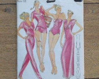 vintage butterick pattern 3129 misses womencover up/T-shirt/swimsuit/pants/shorts  sz 12