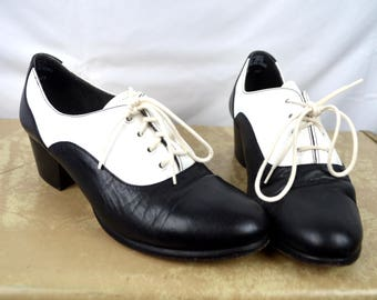 Vintage 1980s Capezio Saddle Shoes Dance Shoes - Size 7 1/2 W