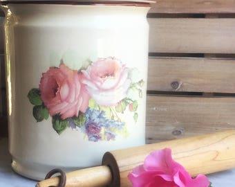 Vintage Sur Le Table Ceramic Enamelware Style Cookie Jar Cannister with Rose Design
