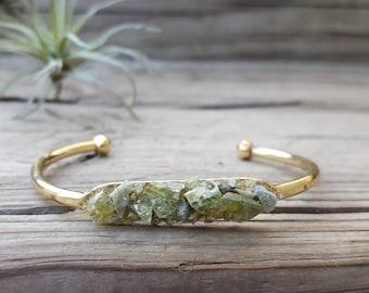 Peridot Bracelet Raw Peridot Cuff Bracelet Green Gem Stone Bracelet August Birthstone Bracelet Raw Stone Bracelet Boho Statement Jewelry