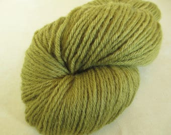 Natural Dye Wool Yarn - Hand-Dyed Worsted-Weight - Tansy Green - YAW101717 - 100 grams
