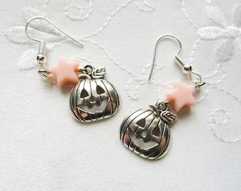 Pumpkin Charm Earrings / Halloween Earrings / Cute / Jack o Lantern / Halloween / Charm Earrings