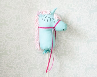 Hobby horse, stick horse, toy horse, unicorn, stick pony, stick horse toy, can be personalized