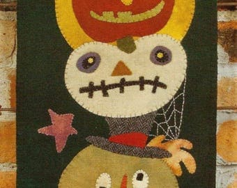 Primitive Folk Art Wool Applique Pattern: GOURDY'S GANG