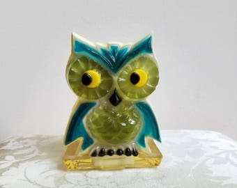 Vintage Owl Lucite Resin Acrylic Napkin Letter Holder, Teal Turquoise Green, Funky 1960's Mod Bohemian Decor, Possible Wondermold