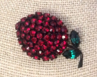 Free Shipping! Vintage Austrian Made Crystal Strawberry Brooch
