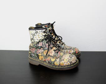 Floral Dr. Martens Size UK 4 US 6, 1990s Rare Doc Marten Boots as worn by Sienna Miller Classic Feminine Grunge Combat Boots Festival 460022
