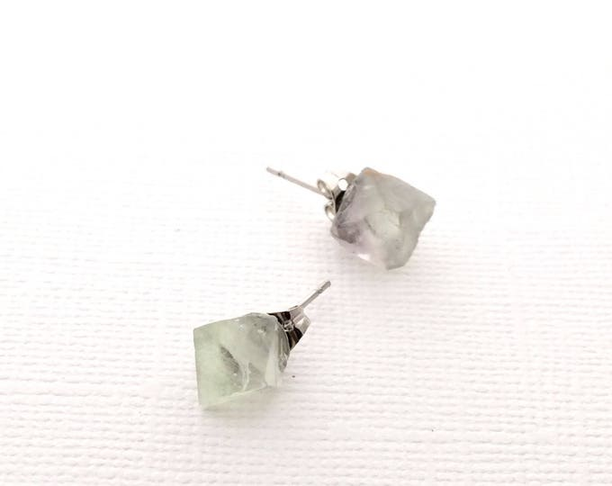 Fluorite Raw Crystal Stud Earrings, Healing Crystal, Natural Stone, Yoga Jewelry, Healing Jewelry, Fluorite Jewelry, Green Stud Earrings