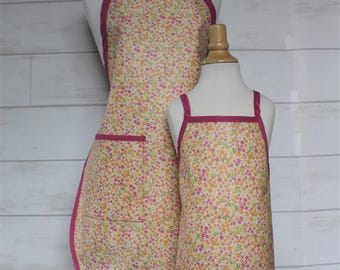 Mom and Me Grandma and Kid Apron Set in Coral with Small Cream Flowers