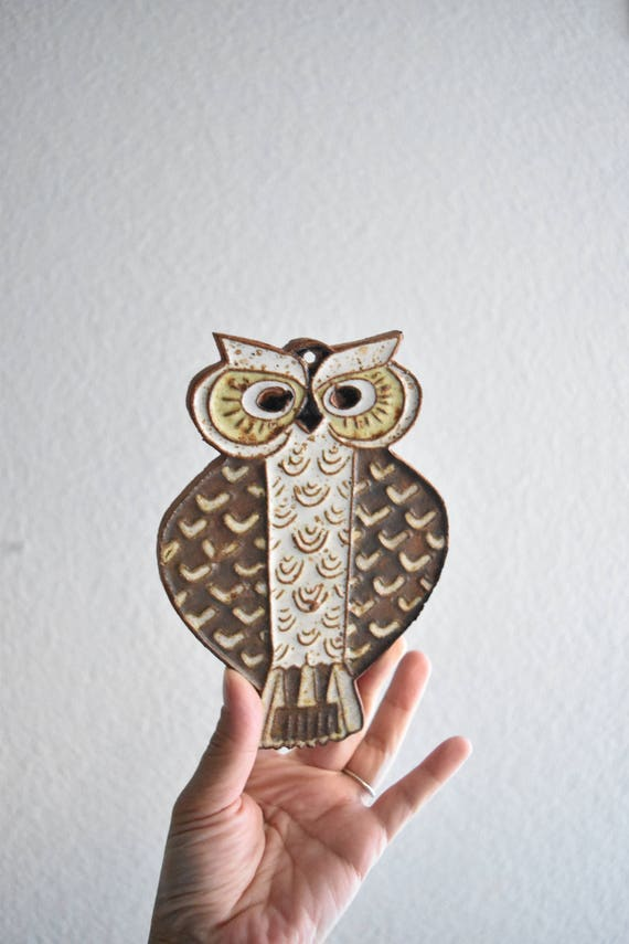 stoneware wall hanging owl figurine plaque