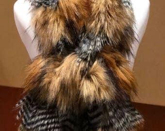 Faux Fur Pull-Thru Scarf in Red Fox/Wild Silver