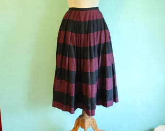 Fantastic  Vintage 1950's Style Pleated Circle Skirt with Wide Stripe Purple and Black Size US 4