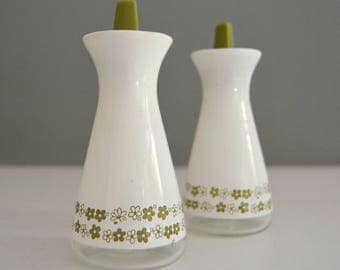 Spring Blossom Salt and Pepper Shakers - Retro Glass White Green Pyrex Kitchenware