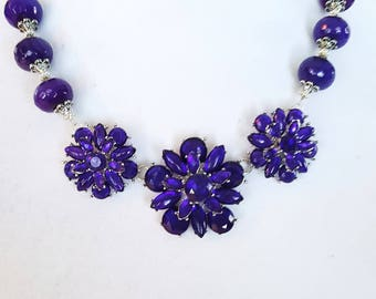 Flower Bib Necklace, Crystal Necklace, Gifts for Women, Color Changing Necklace, Statement Necklace, Blue Purple Necklace, Handmade Necklace