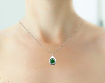 Raw Emerald Necklace, Emerald Jewelry, Birthstone Necklace, Gemstone Necklace, Sterling Silver Necklace, Green Emerald Necklace, Handmade