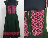 VINTAGE Bohemian Dirndl Bottle Green Pink Embroidered National Dress UK 14 / FR 42 / German/ Austrian/ Folk / Oktoberfest