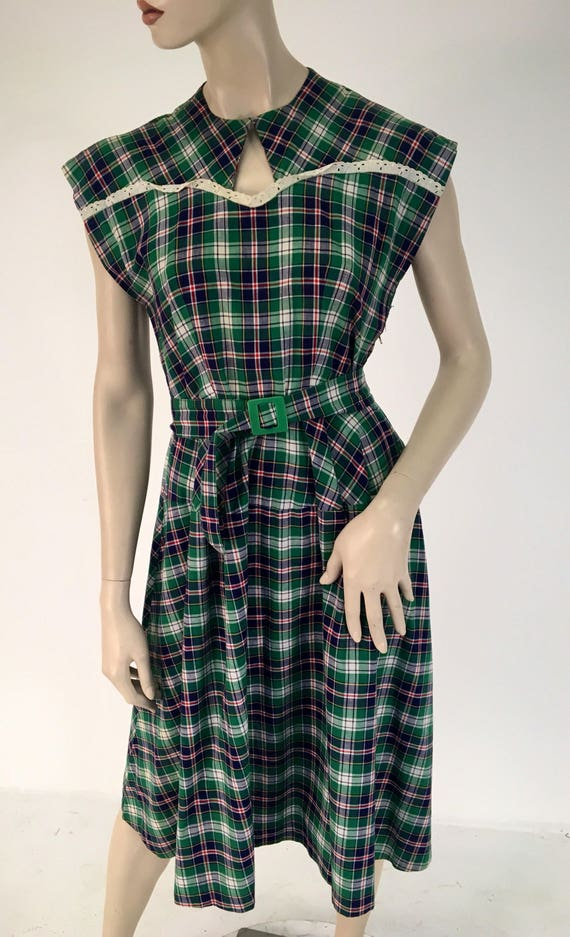 Vintage Cotton 1940s Kelly Green Blue and White Day Dress 29 Inch Waist