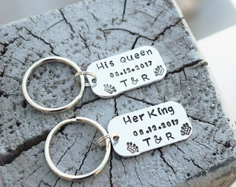 His queen her king keychains, her king his queen keychains, couple anniversary keychains, husband wife keychain set, wedding keychain gift