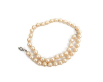 Vintage Pearl Necklace Choker Ivory Champagne Silver Filigree Clasp Single Strand Pearls 15 Inches Hand Knotted