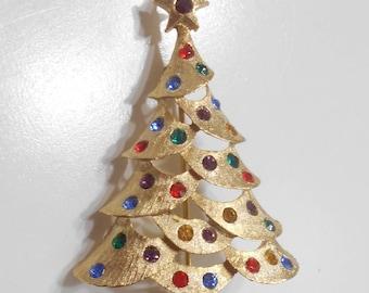 Vintage Multi-Colored Rhinestone Christmas Tree Brooch (224)