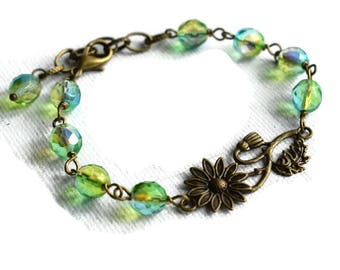 Flower Bracelet, Beaded Bracelet, Floral Bracelet, Green Bead Bracelet, Summer Jewellery,  Floral Jewellery, Beaded Link Bracelet,