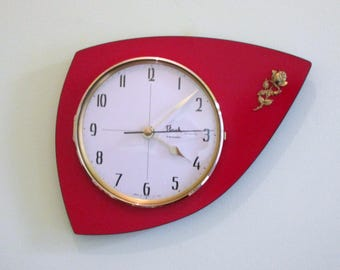 French 1950-60s Atomic Age FLASH Bright RED Formica Wall Clock-Triangle Boomerang Shape-Gold Rose Decor-Great Condition-Mid Century Decor
